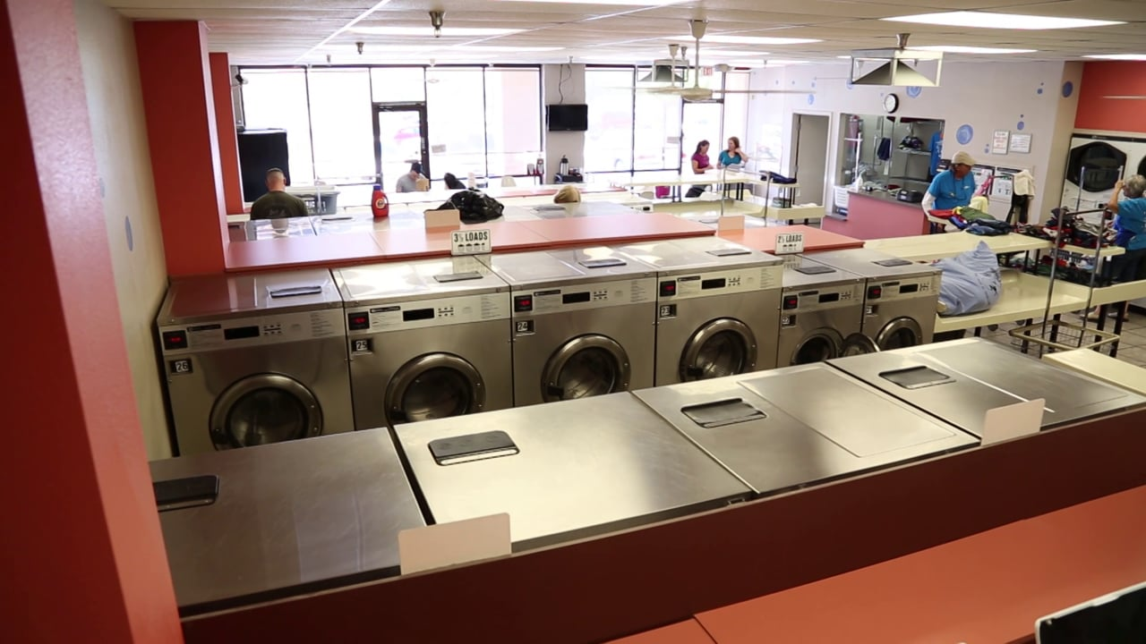 Laundry on Pantano