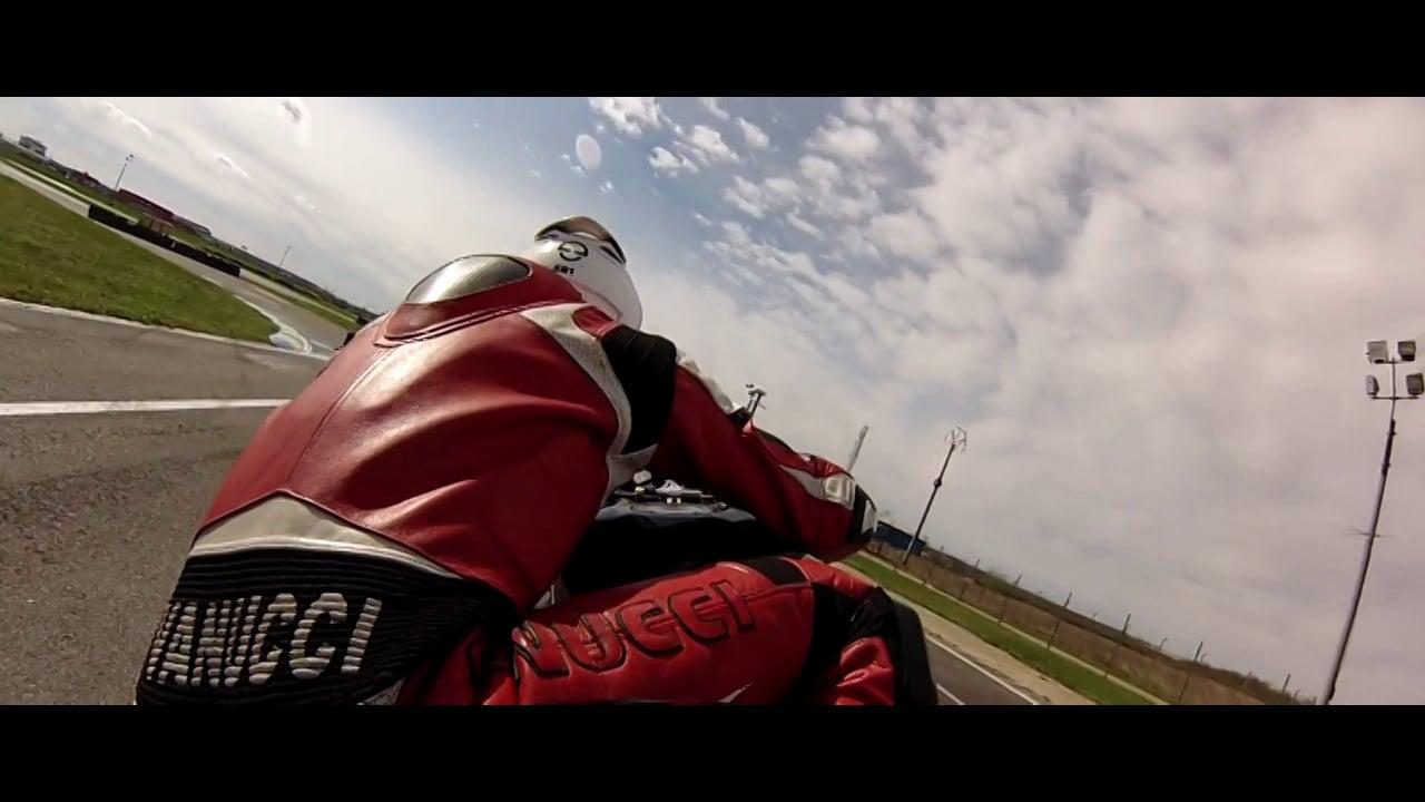 Redmotors-Speed Real-Life