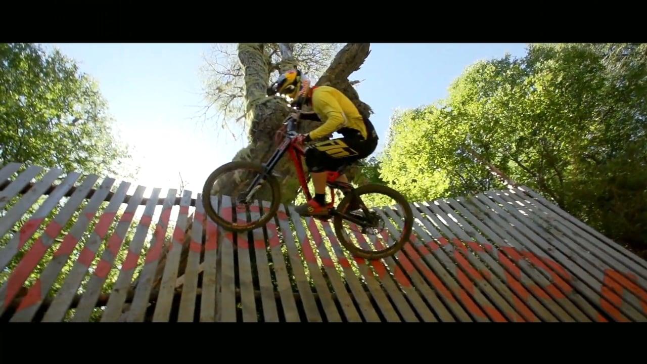 Gringos & Rapidos official Trailer