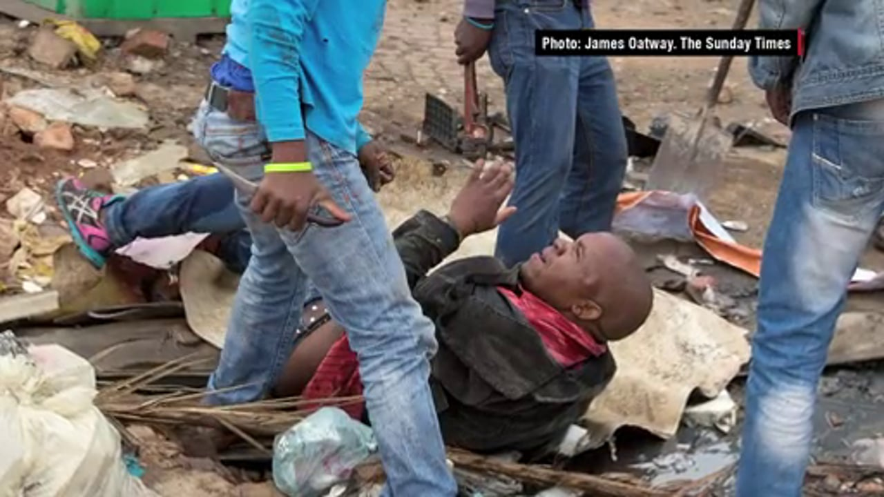 South Africa 2015 - Xenophobic Attack Caught by Photographer