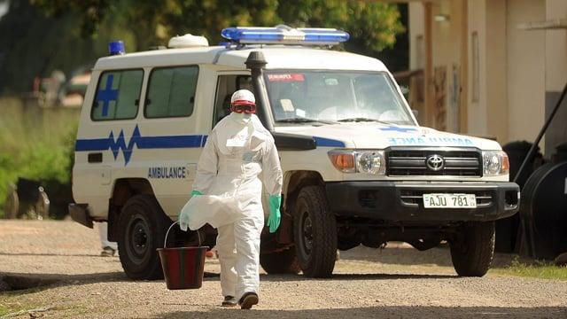 Fighting Ebola, Sierra Leone