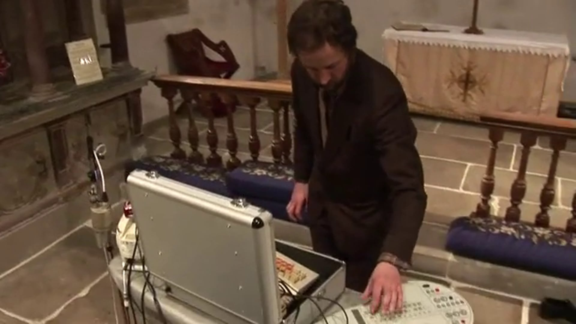 Alex Metcalfe plays Satie's Gymnopédie No.1 on a collection of silly instruments