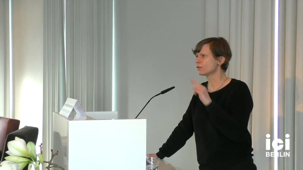 Discussion with Katja Diefenbach [1, 3]