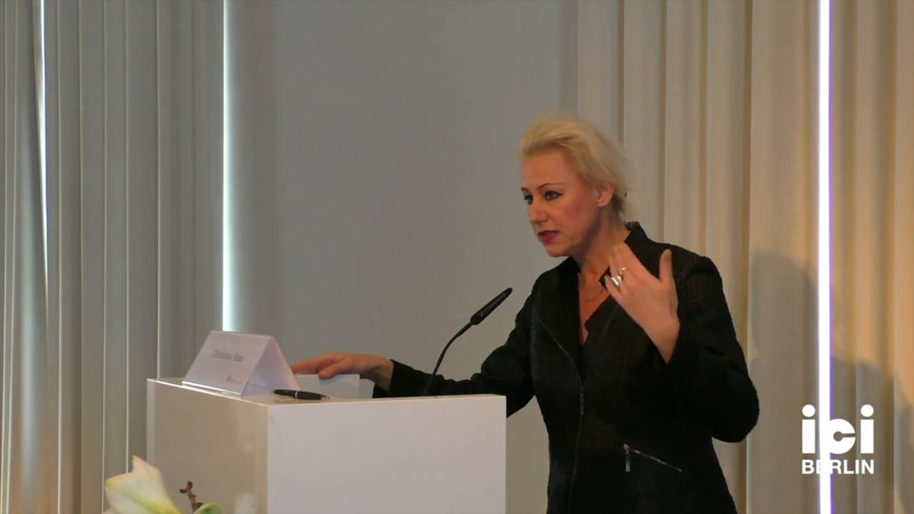 Discussion with Christiane Voss [3, 3]