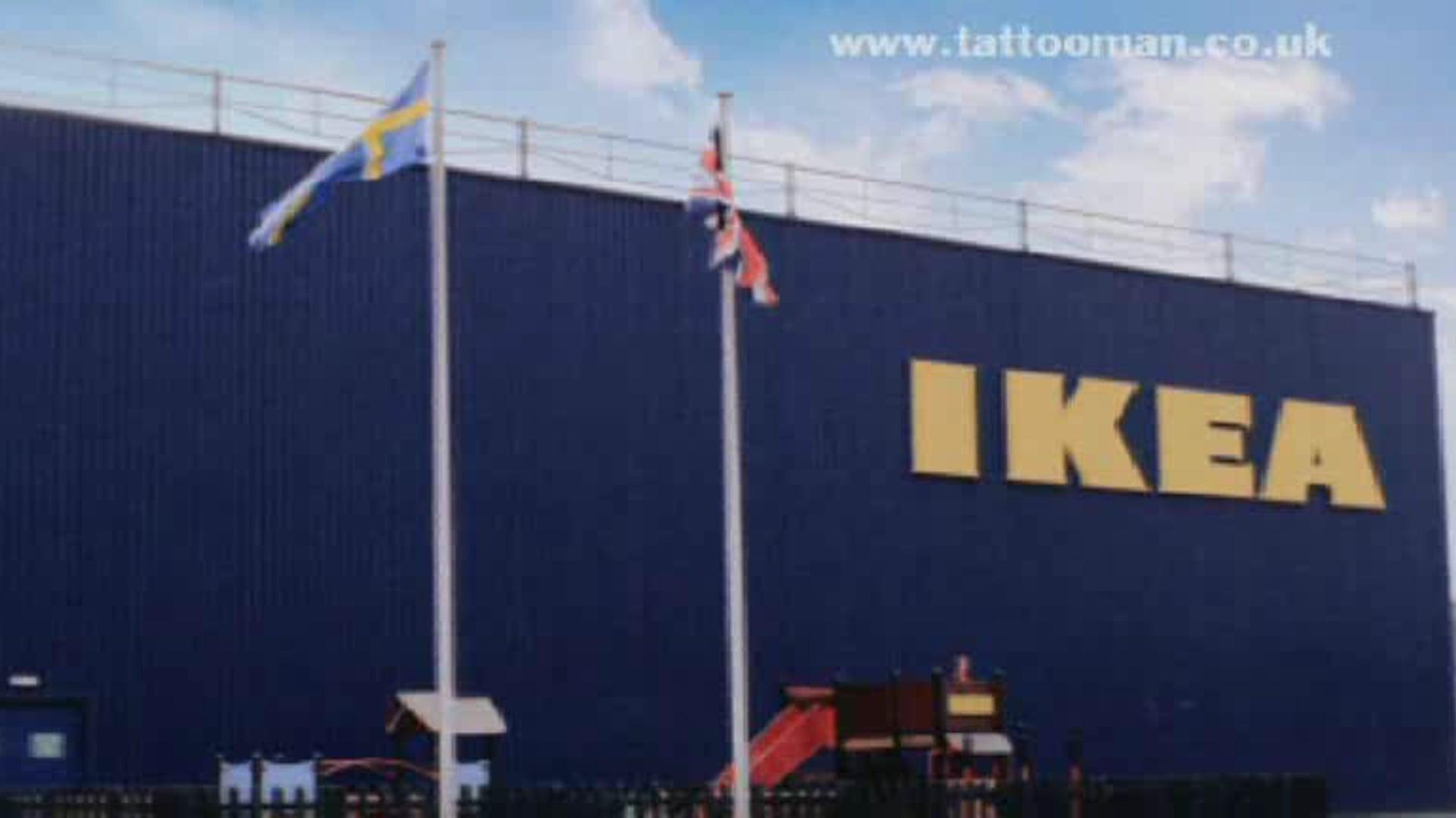 IKEA - Tattoo Man - Waiting 1