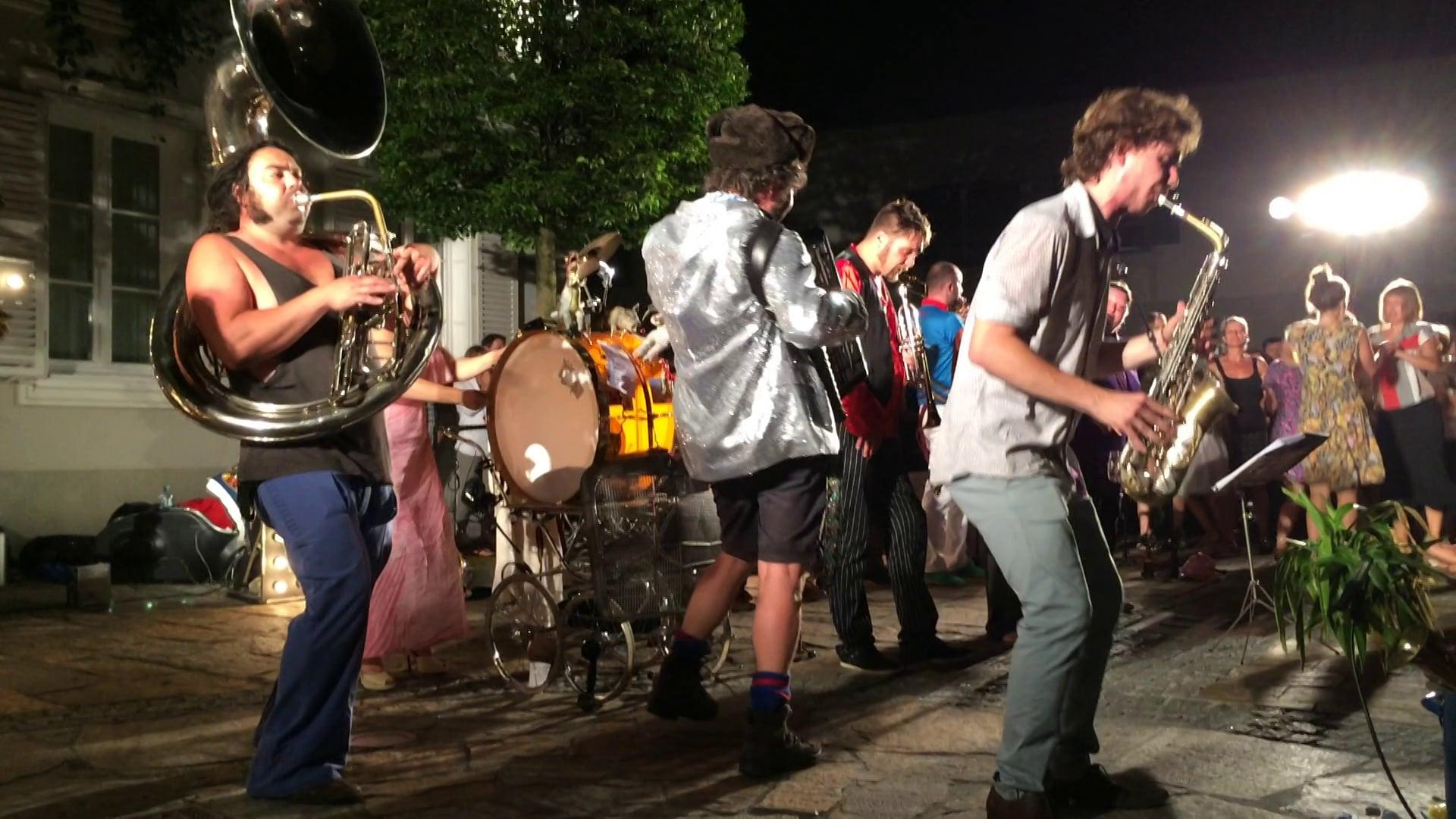 Orchestre International du Vetex at La Strada Graz - 05.08.2015 'Descarga Municipal'