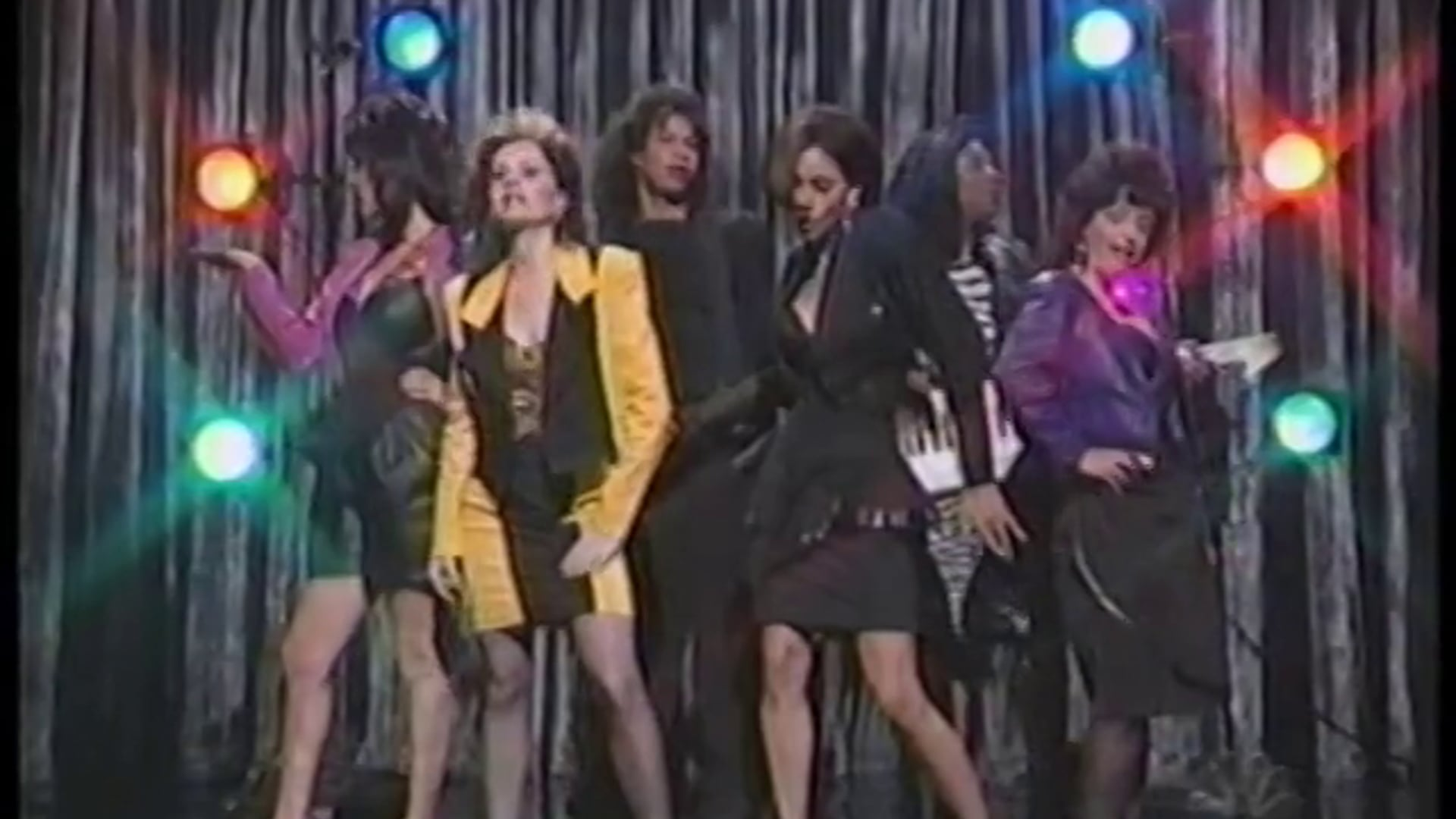 Halle Berry Does Cooper SNL
