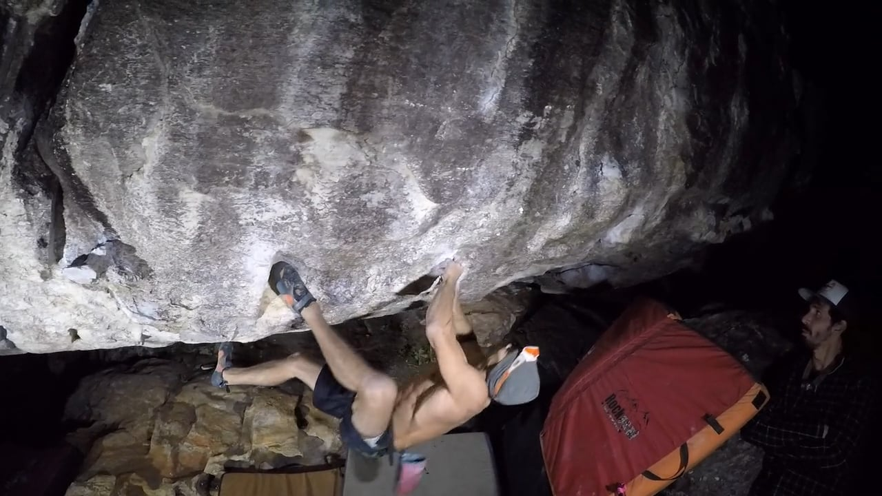 Incredible day at the office - Rafael Passos doing the First Ascent of Terapia Integral V14 in Cocalzinho