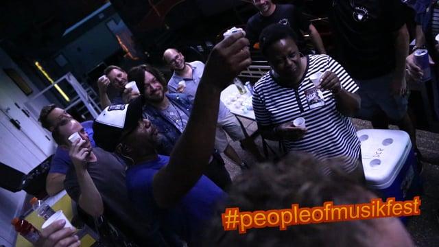 #peopleofmusikfest - #dariusrucker #preshowroutine