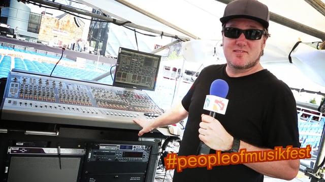 #peopleofmusikfest - #snoopdogg #soundengineer