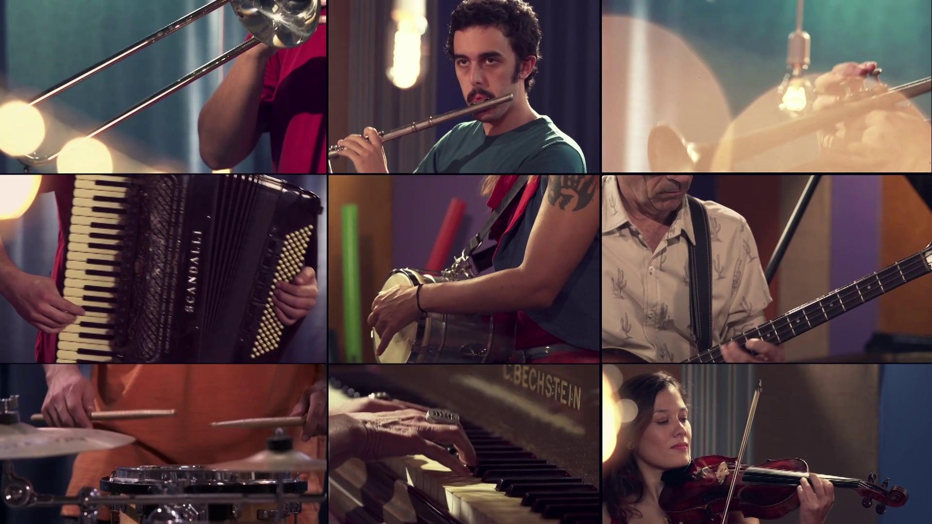 Palavra Cantada - Brincadeirinhas Musicais (Livro DVD) - Nossa Banda
