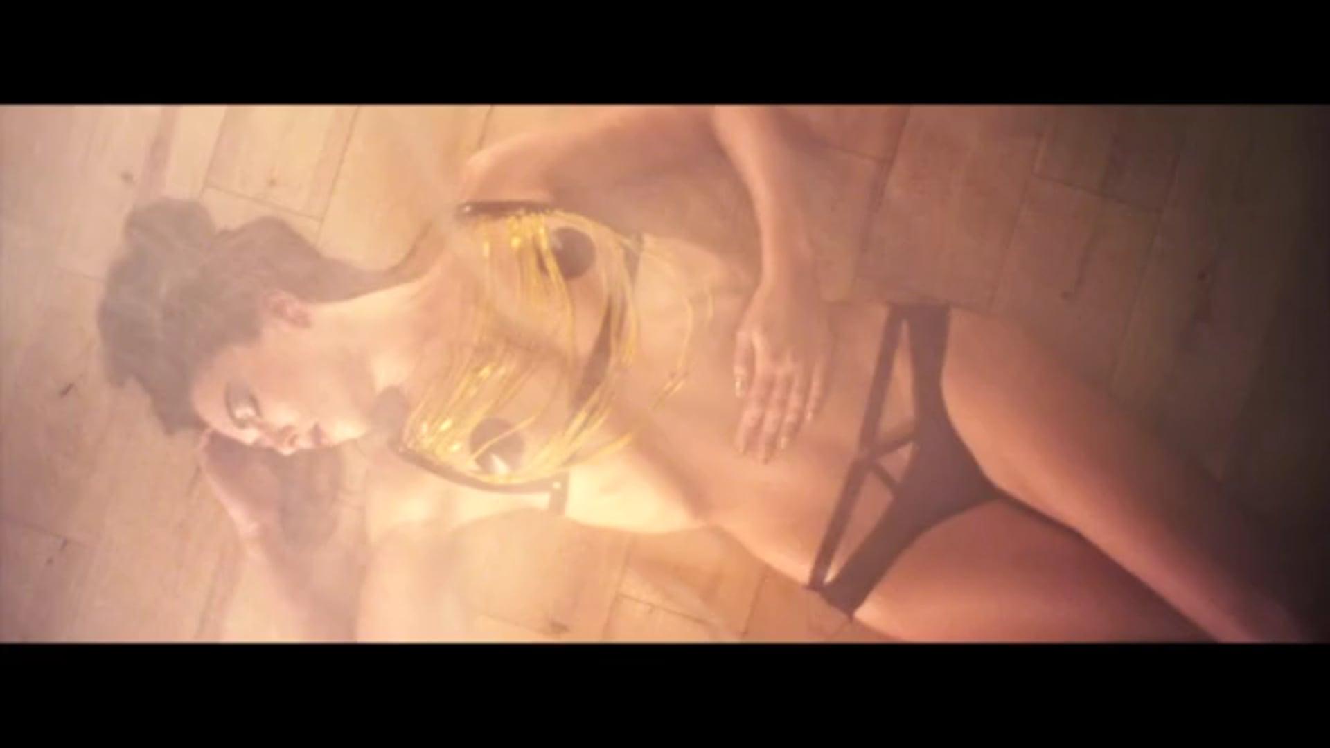 "Absainte Paris - ""Elegant Temptation"""