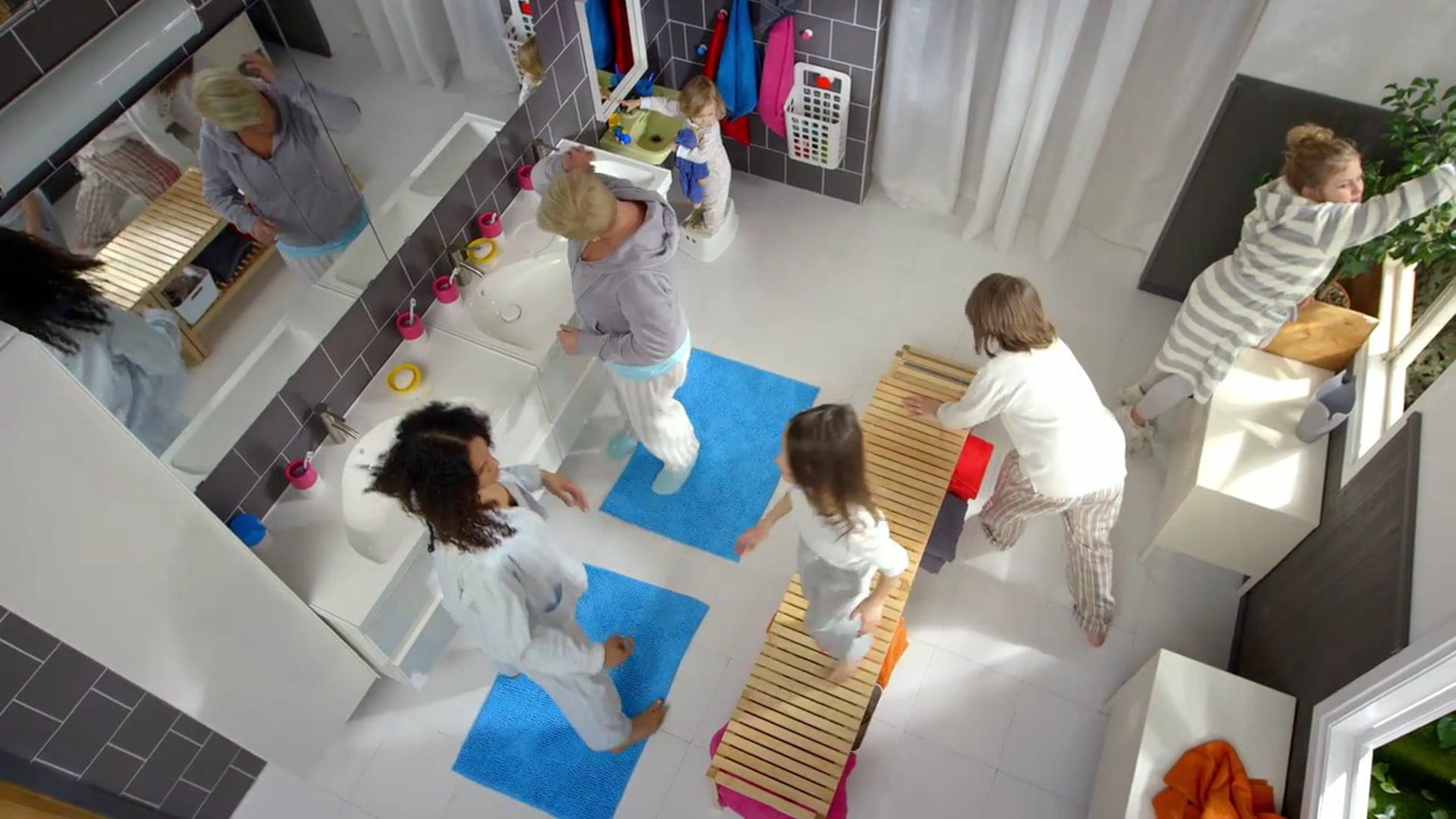IKEA - Synchronized