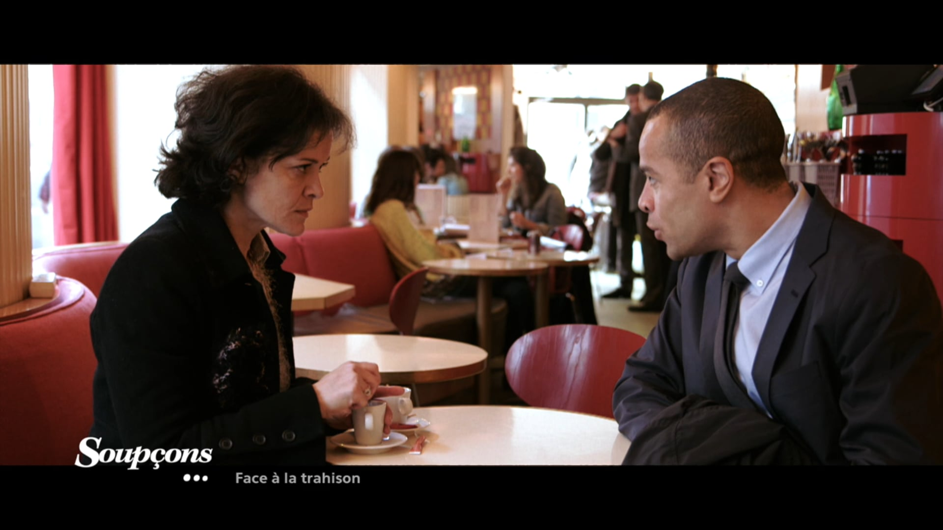 """""""Face à la trahison"""" Chérie 25"""