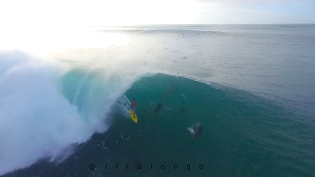 Banzai Pipeline Epic Drone footage from Dec 6th 2015 from Steven Tiralongo