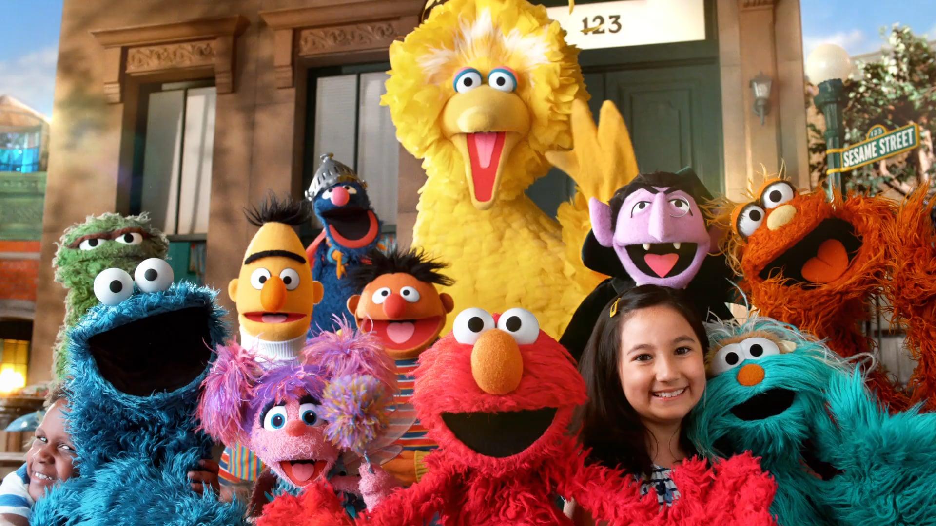 Sesame Street - Show Open - Season 46