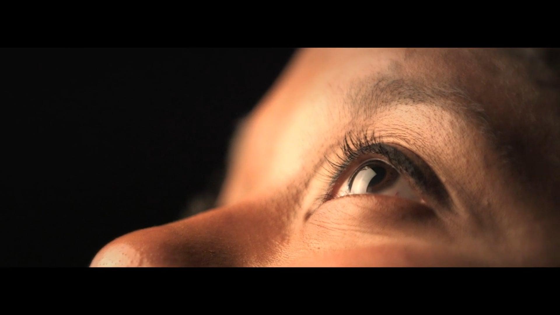 Indra Rios Moore Shooting - Beauty