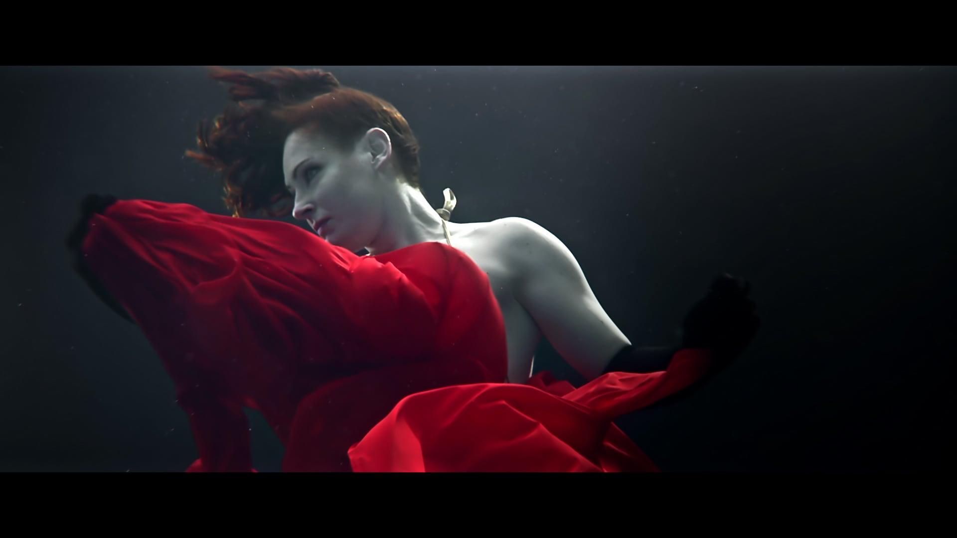 UNDERWATER IN RED - Promo