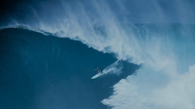 Pe'ahi: January 15th, 2016 from SURFING Magazine