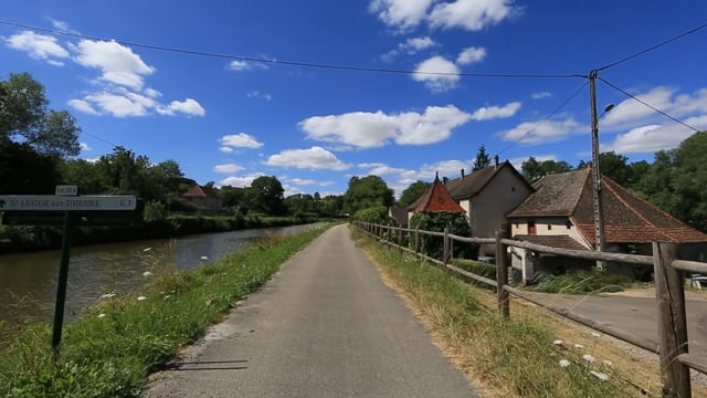 Virtual Cycle - French Famous Vineyards Routes  in  Medoc and Burgundy with Nature Sounds and Birds Song