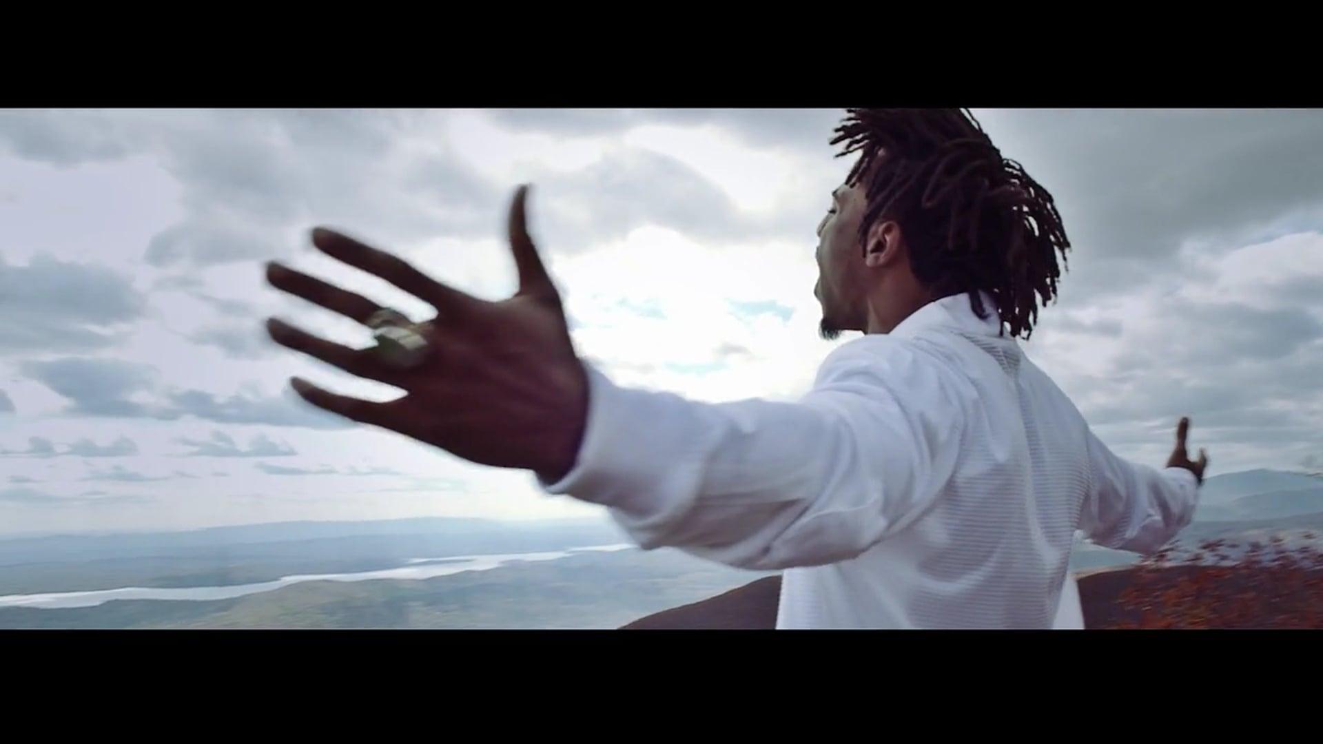 "Locksmith - ""Jaded"" Official Music Video"