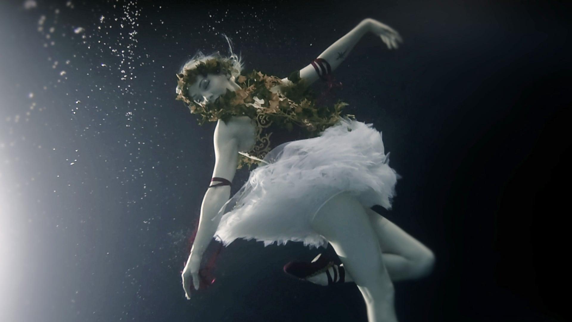 UNDERWATER DANCE - Promo
