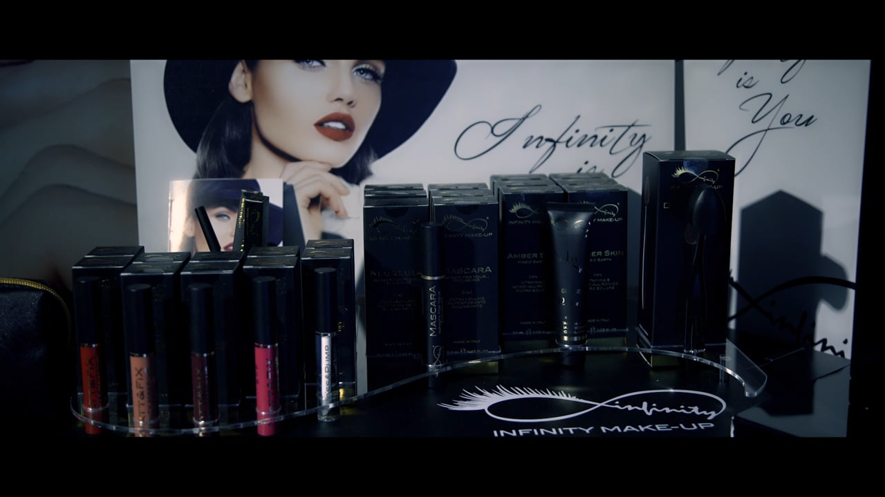 Infinity Cosmetics make-up backstage