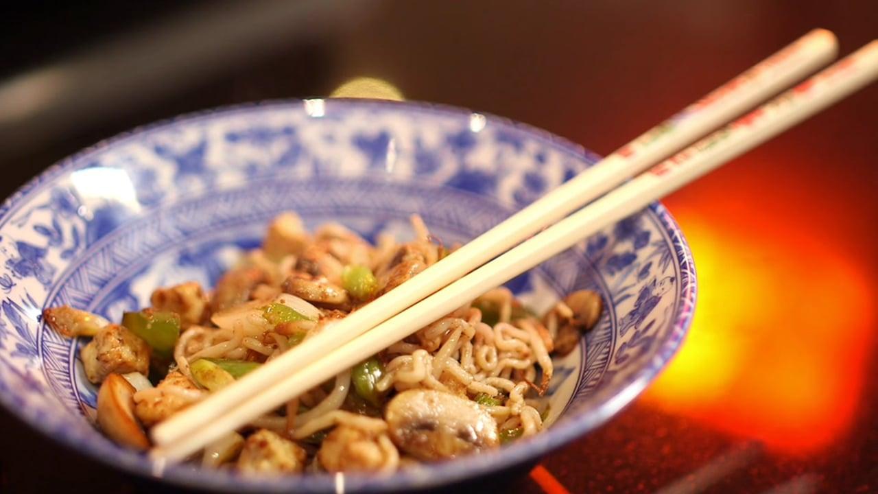 Matthew's Friends #Keto Kitchen - Quorn Chinese Stir Fry