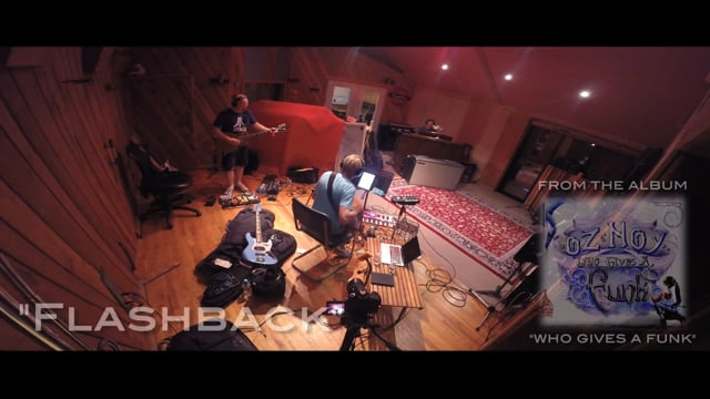 "Oz Noy - ""Flashback"" featuring John Medeski"