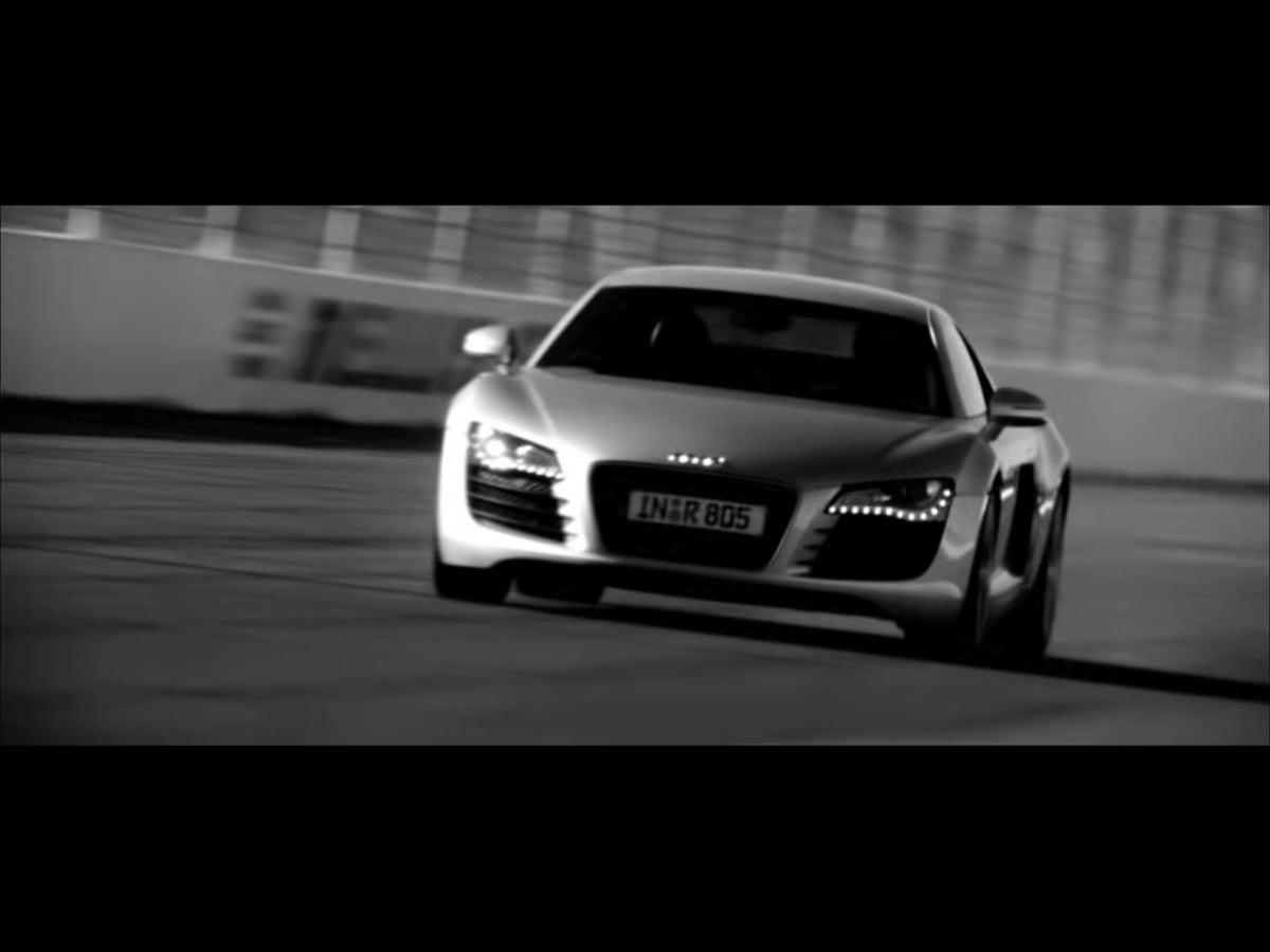 Audi R8 Race Track