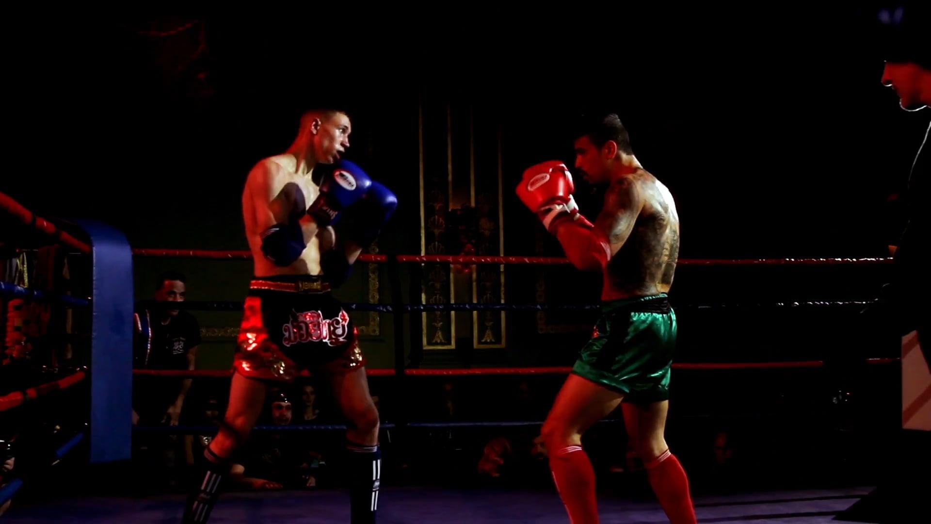 Muay Thai - Kino Alphonso vs Frederic Phavorachith @ La Nuit des Titans 2