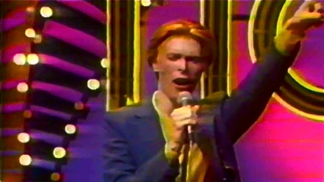 David Bowie - Golden Years, Soul Train 1975 - Remastered HD