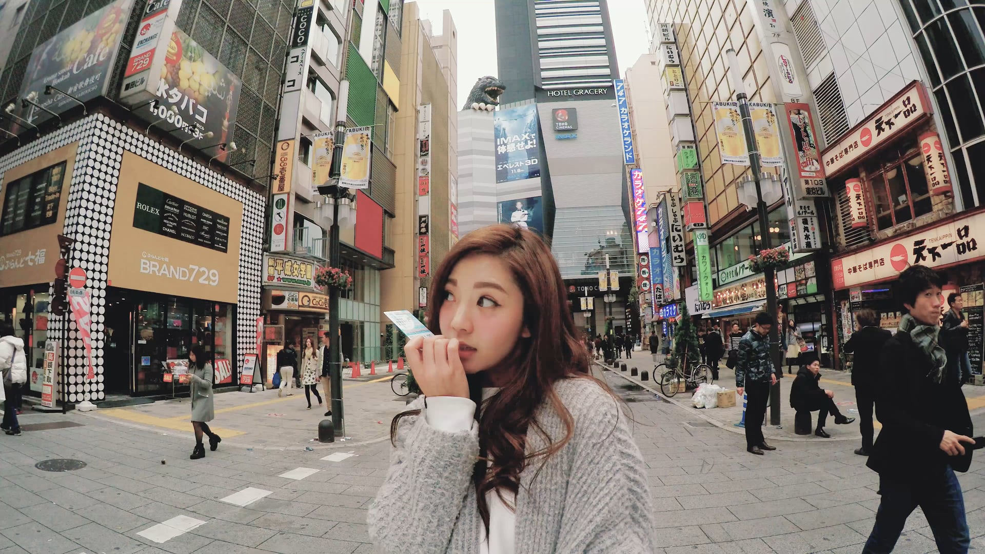 tokyo_hifive_woman