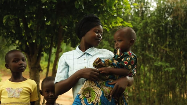 Beatrice and her family got access to clean water for the first time when they received their SAM 3 filter. Now her children only drink clean water and she no longer worries about their water making them sick.