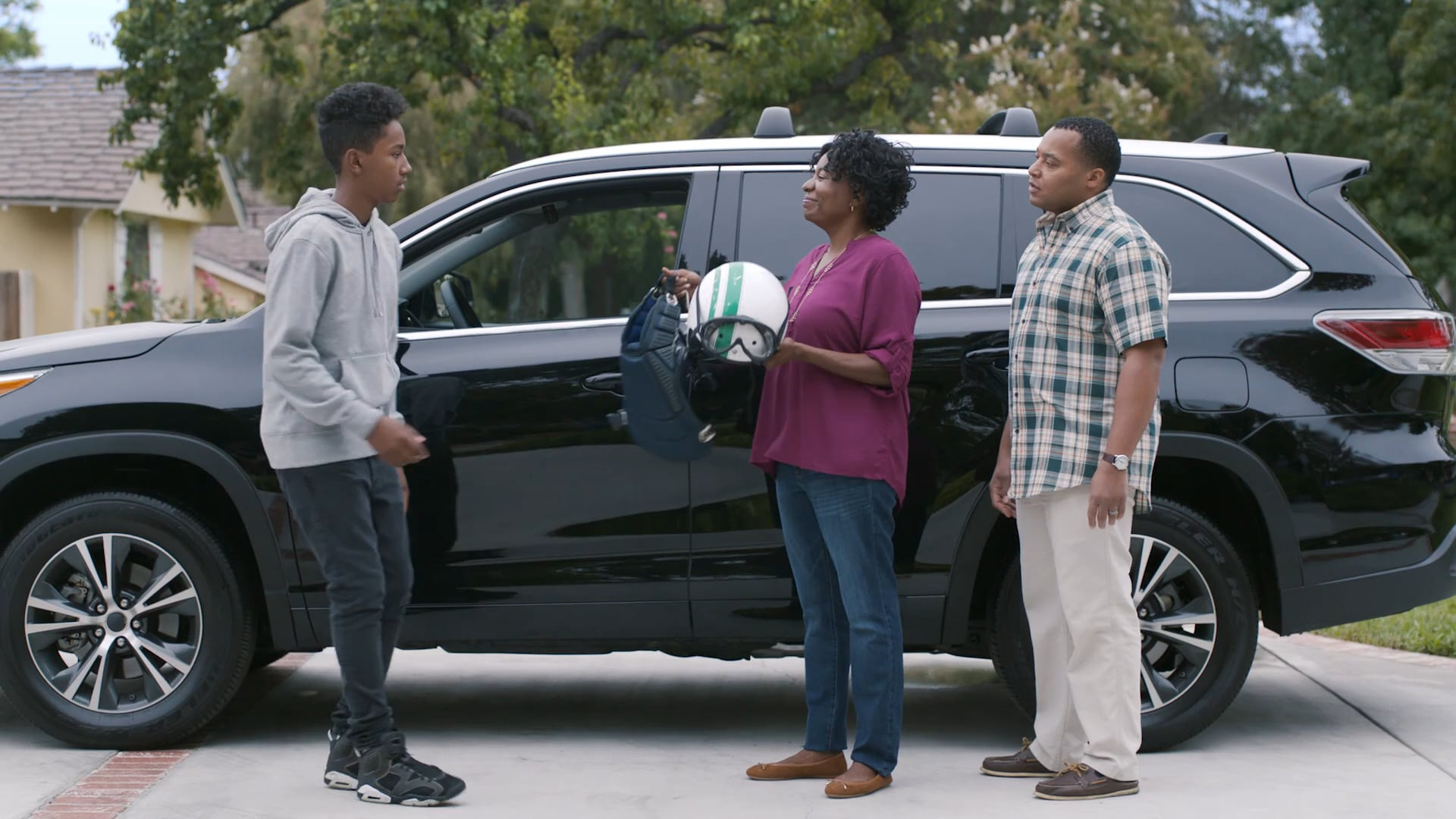 """Kelley Blue Book """"Family Matters"""" - The Andersons"""