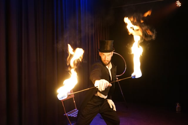 FOYK - Feuershow, LED-Show, FlowArts, Hula Hoop, Object Manipulation video preview