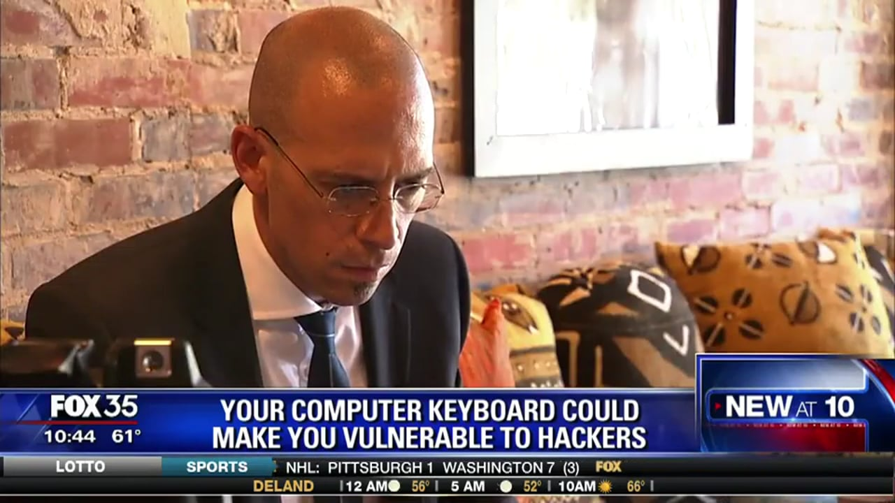 """MonsterCloud's C.E.O Zohar Pinhasi demonstrate on """"FOX"""" - How Hackers are using your wireless keyboard & mouse against you"""
