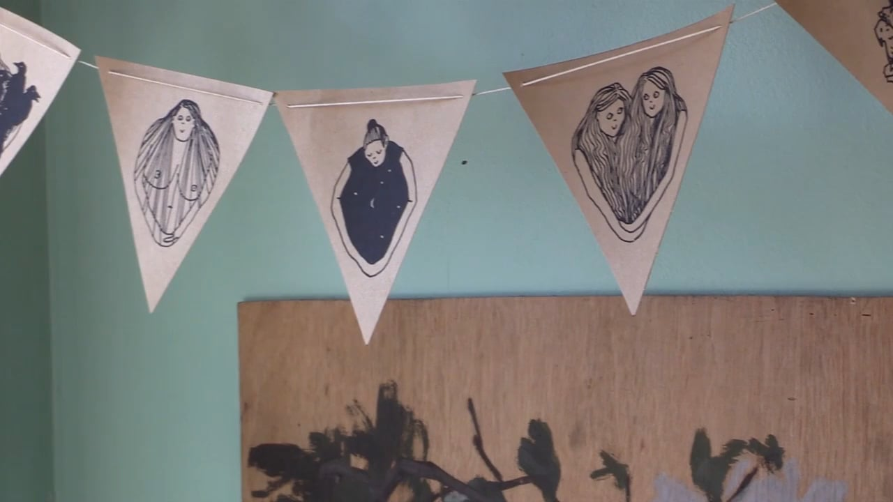 MAKER MAKER: Mini Paper Bunting with Laura Watson