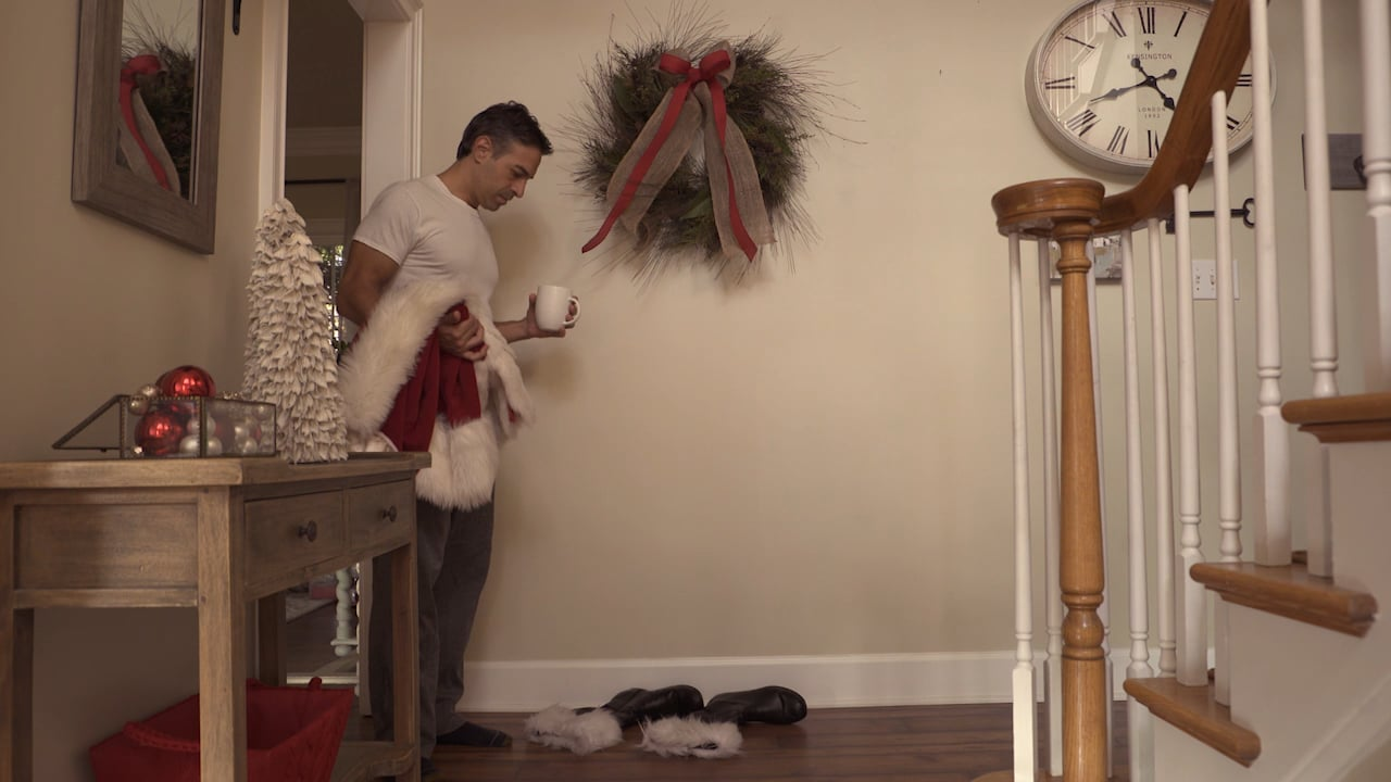 Santa Can't Resist a Murmaid Mattress