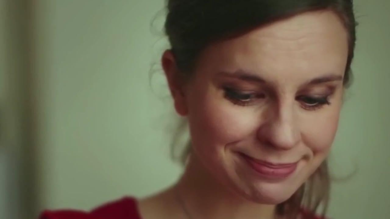 Kylässä Olgan kotona - Trailer