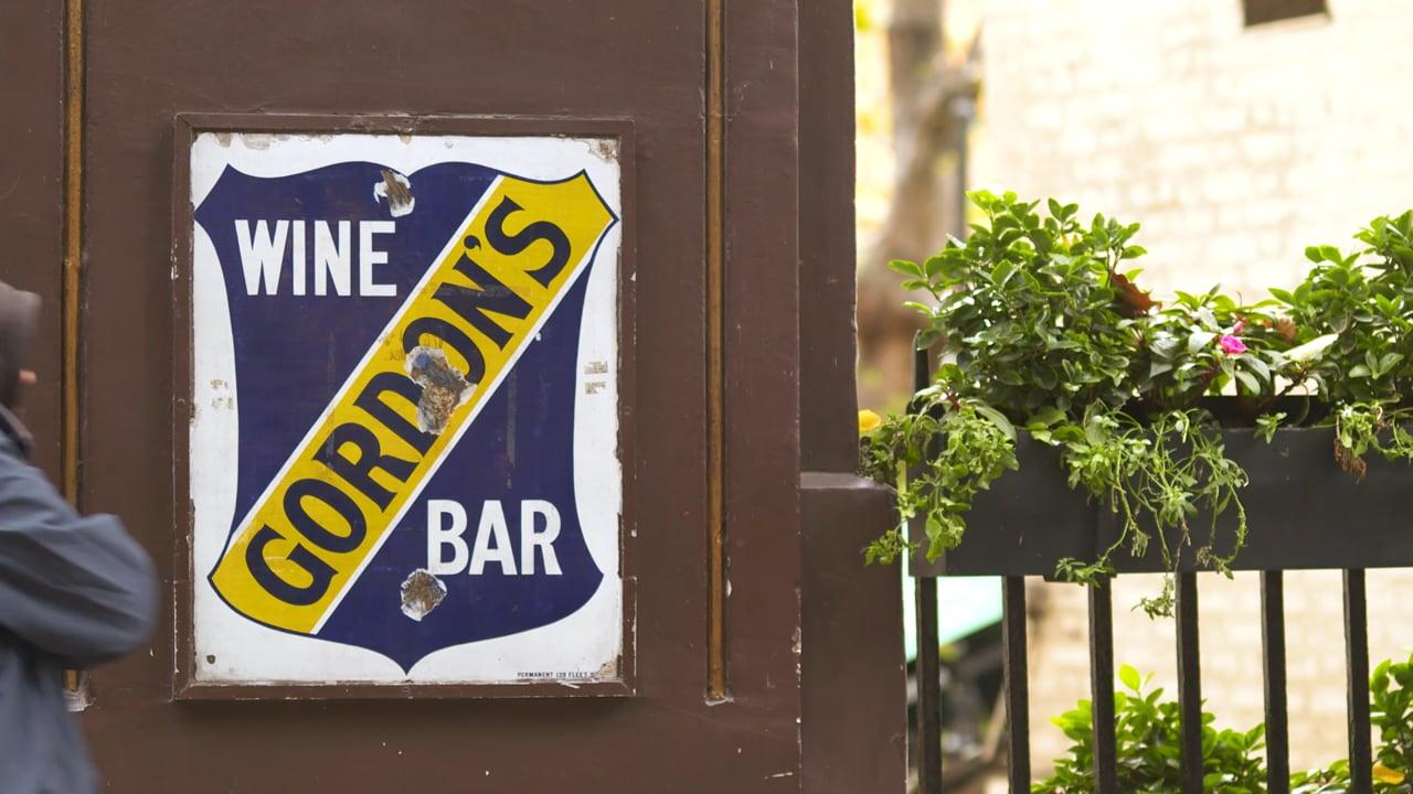 Explore! TV - Gordon's Wine Bar, London