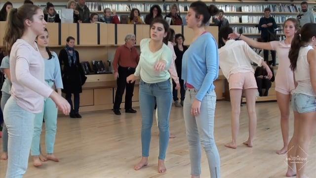 """Performance dansée autour du """"Projet de la matière"""" d'Odile Duboc"""