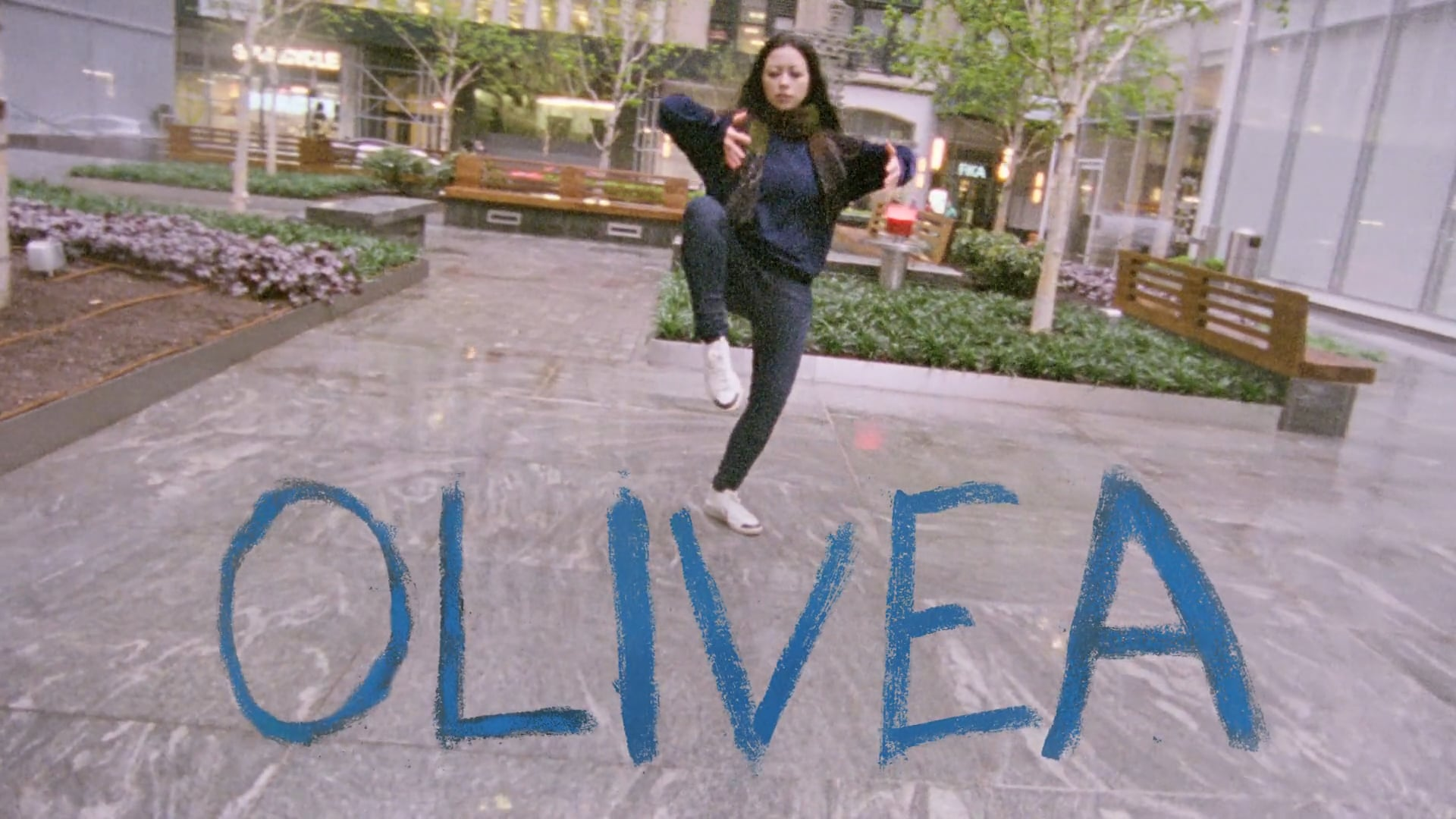 Olivea – A 16mm Improv Dance Film