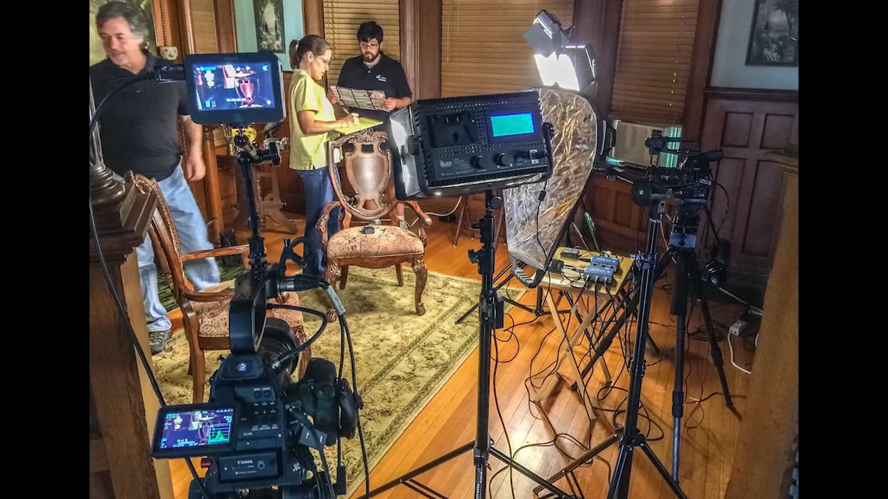 Time-Lapse Video, Setting Up A 3-Camera Interview For A Documentary Film Production