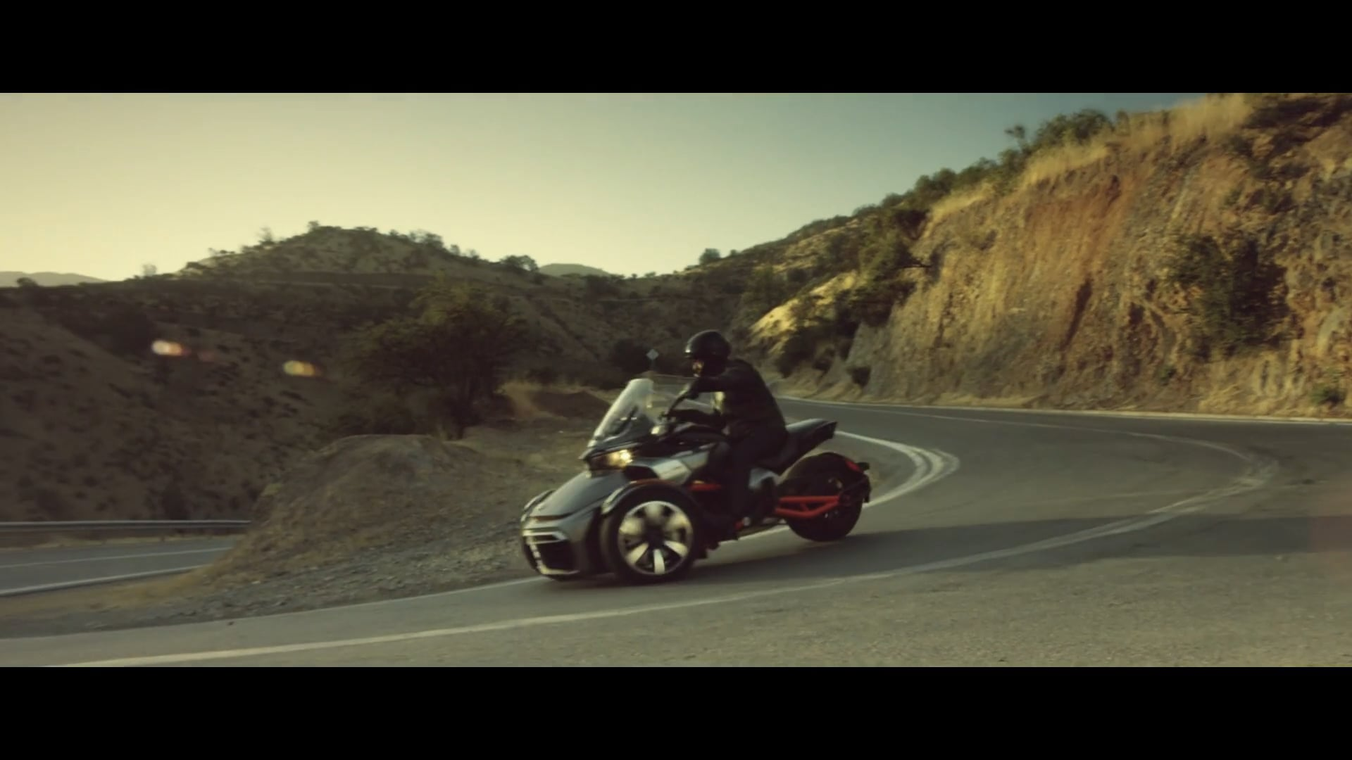 Spyder - Open Your Road