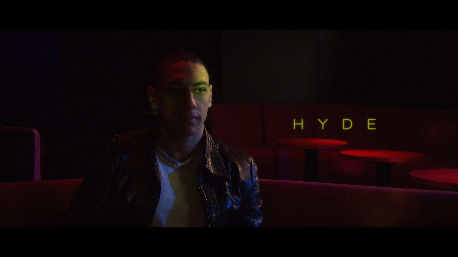 Presque l'Amour - Hyde