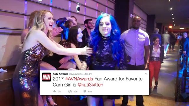 Katy3Kat es premiada en el AVN Las Vegas