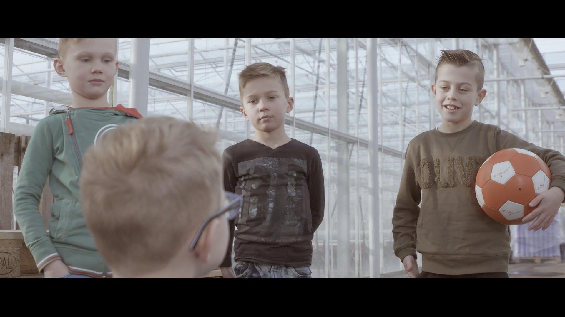 """TV-Commercial """"Maar mijn vader heeft een Stefix!"""""""
