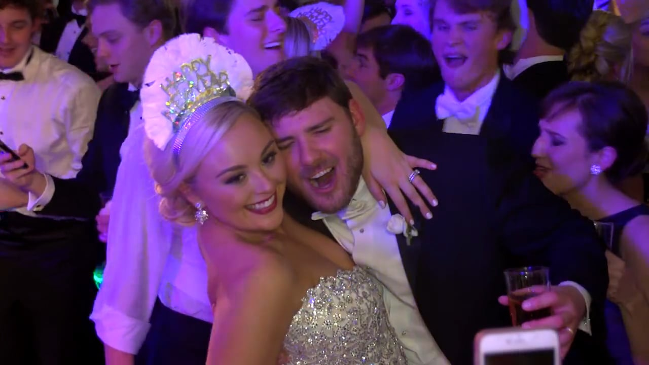 New Year's Eve Wedding on the Bayou with Fireworks – Instagram Highlght for Ainsley & Vincent