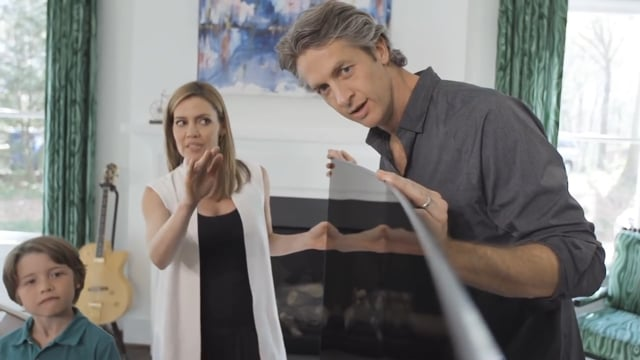 Samsung SUHD TV - Open the world of infinite design with The Holderness Family